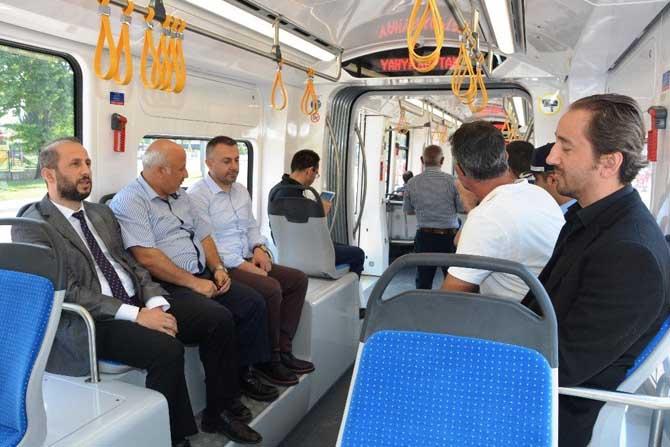 İzmit Belediyesi mahalle inceleme gezilerine devam ediyor