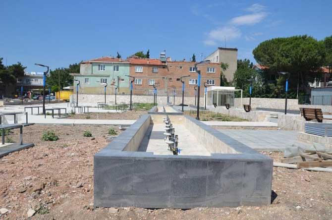 Soma İstasyon Parkı ve Meydan Projesi çalışmaları sürüyor