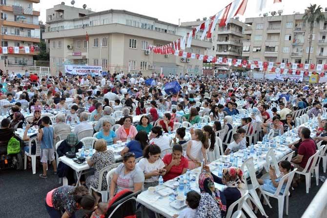 Oruçlar Yenişehir'de açıldı