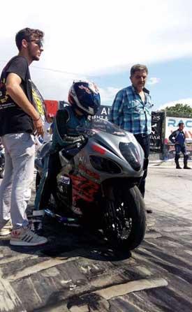Manisa Büyükşehirli motorcu yine zirvede