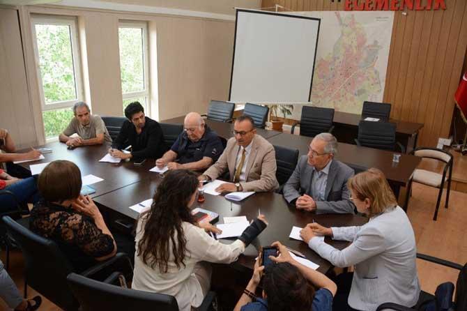 'GeroAtlas60+ Tazelenme Üniversitesi' öğrencilerine sanat ve tiyatro desteği