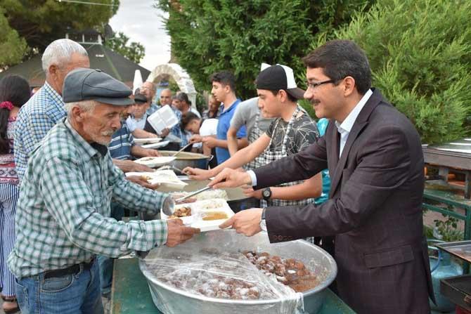 Şehzadeler Belediyesinden Karaoğlanlı'da iftar