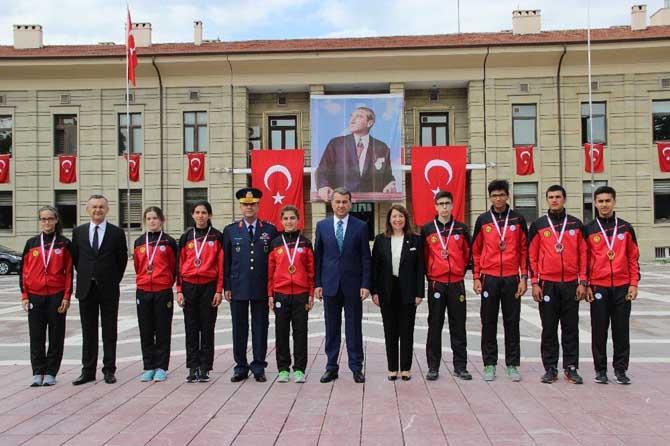 Atatürk'ün Eskişehir'e gelişinin 97. yılı