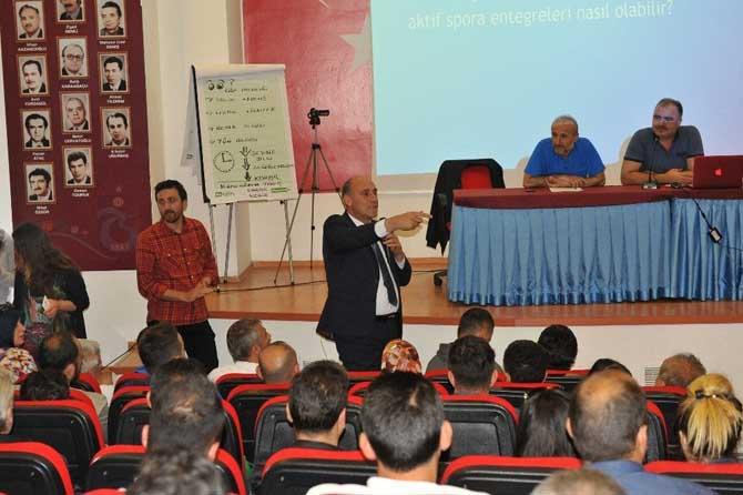 Beden eğitimi öğretmenlerinin sorunları konuşuldu