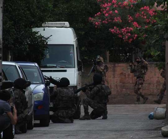DEAŞ'ın hücre evine baskında gözaltı sayısı 9'a yükseldi