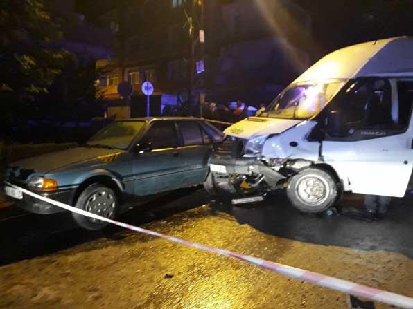 Başkent'te servis kazası: 8 yaralı