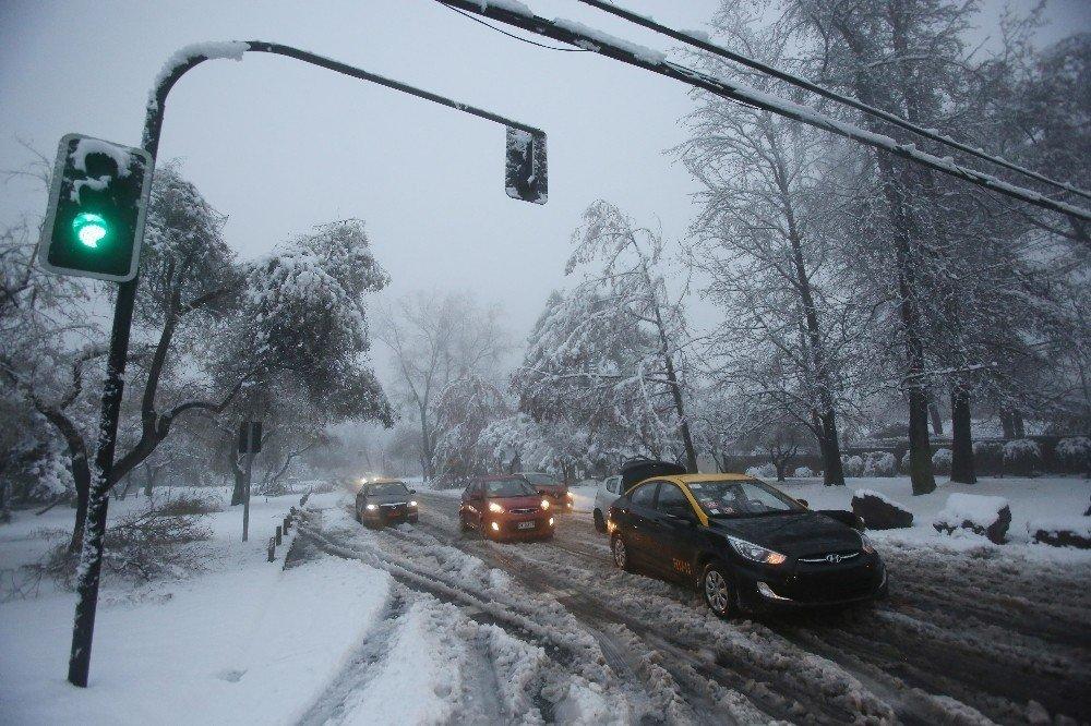 Şili'de kar yağdı, 1 kişi hayatını kaybetti