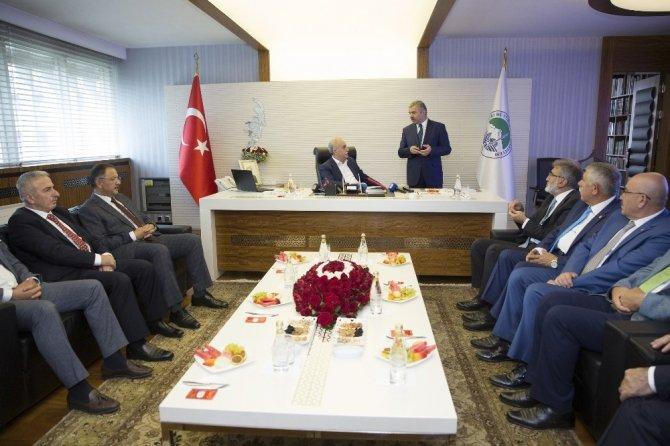 """Bakan Fakıbaba: """"Kayseri'den hiçbir şeyi esirgemeyeceğiz"""""""
