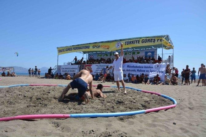 Türkiye Plaj Güreş Şampiyonası sona erdi