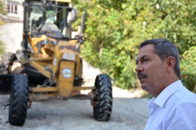 Kdz. Ereğli Belediyesi okul önlerini asfaltlıyor