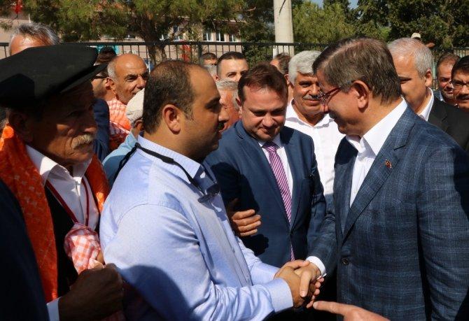 Eski Başbakan Davutoğlu'ndan Kerkük mesajı
