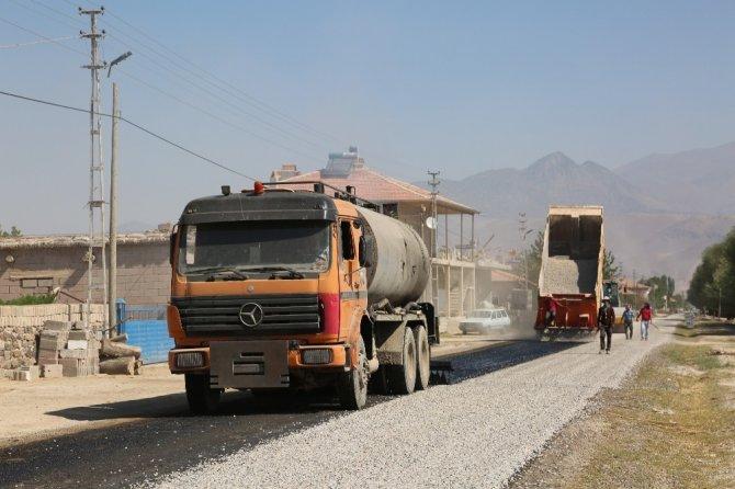 Develi Belediyesinin Sindelhöyük'teki hizmetleri devam ediyor