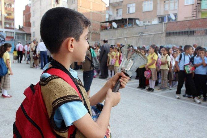 Elazığ'da 125 bin öğrenci ders başı yaptı