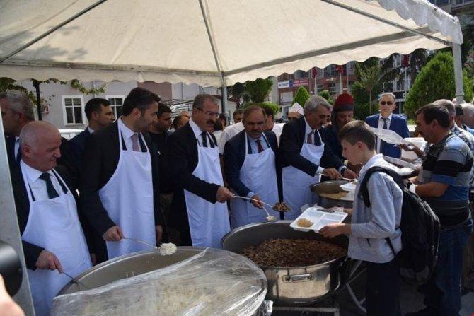 Tokat'ta 5 bin kişiye ahi pilavı ikramı