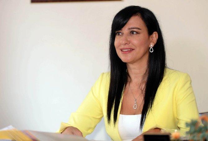 """Avukat Hazal Karaoğlan: """"Kadınlar haklarından haberdar değiller"""""""