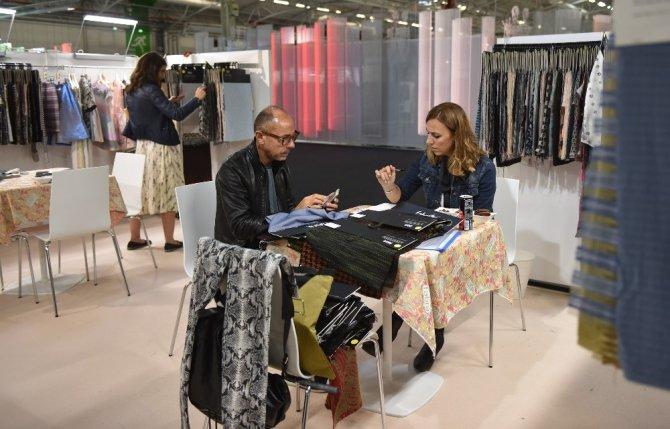 Bursa İş Dünyası Paris'te Tekstil Sektöründe Yeni Trendleri Belirliyor