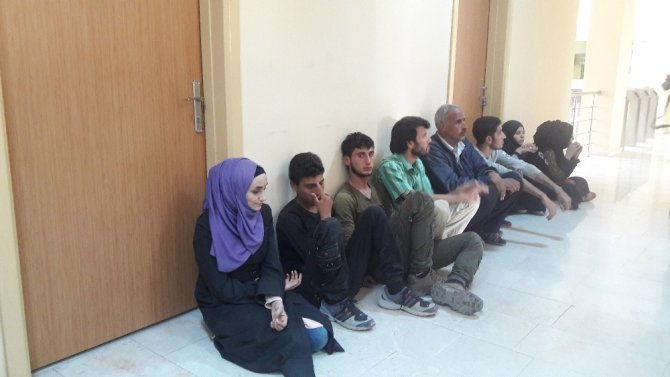 Hatay'da 36 kaçak göçmen yakalandı