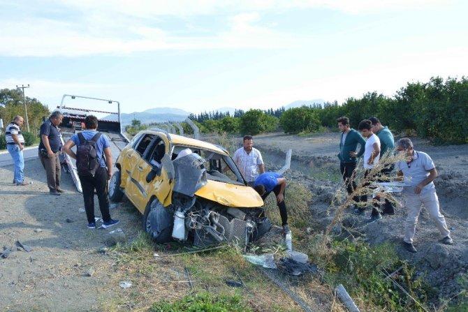 Dalaman'da otomobil şarampole devrildi; 1 yaralı