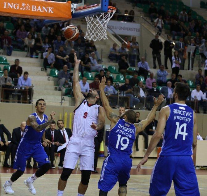 Eskişehir Basket ile Efes 4. randevuda