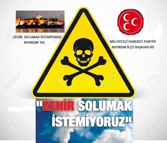 Bodrum'daki MHP'liler Çöplükten çıkan zehirli dumanlara isyan etti