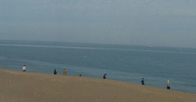 Olta avcıları sahilleri süsledi