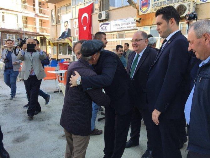 """Başbakan Yardımcısı Çavuşoğlu: """"16 yıldır Türkiye'de tarih yazılıyor"""""""