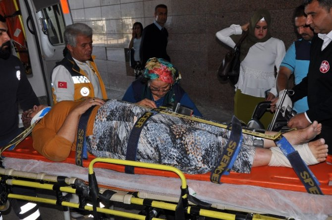 Çeyiz dönüşü kaza: 4 yaralı