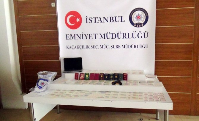 Fatih'te 'sahte vize' şebekesine operasyon: 4 gözaltı