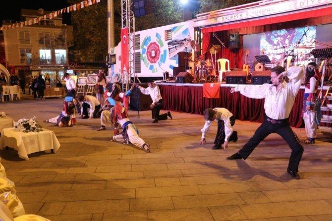Burhaniye'de Mantar Festivali coşkusu yaşandı