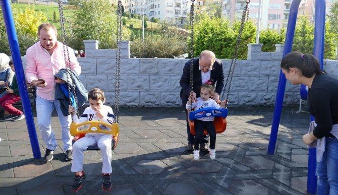 Gümrükçüoğlu hafta sonunu çocuklarla geçirdi