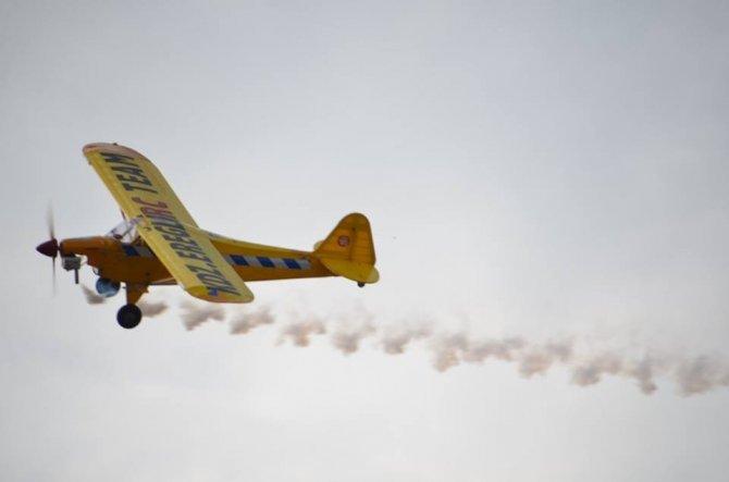 Model uçak ve helikopter gösterileri Alaplı'da nefes kesti