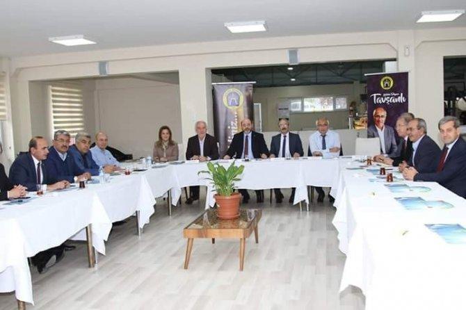 AK Partili Başkanlar Tavşanlı Göbel'de buluştu