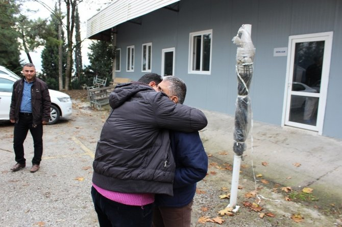 Suriyeli Omar ailesine kavuştu