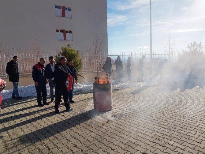 Adilcevaz KYK'da yangın tatbikatı