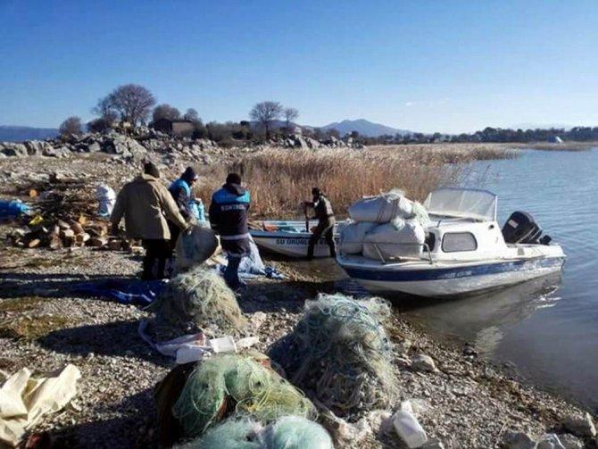 Konya, Burdur ve Isparta'da göl ve işletmelerde denetim