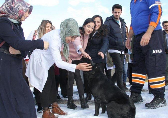 AFAD Erzurum'dan Hemşirelik Fakültesine tanıtım eğitimi