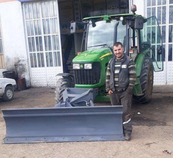 Köy yolları traktörle açılacak