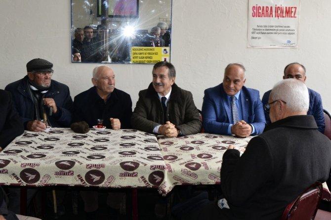Tepebaşı Belediye Başkanı Dt. Ahmet Ataç, Han'da