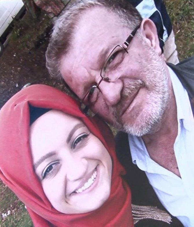 """Kızının hayatını kaybettiği trafik kazası ile ilgili """"Örtbas edilmeye çalışılıyor"""" iddiasında bulundu"""