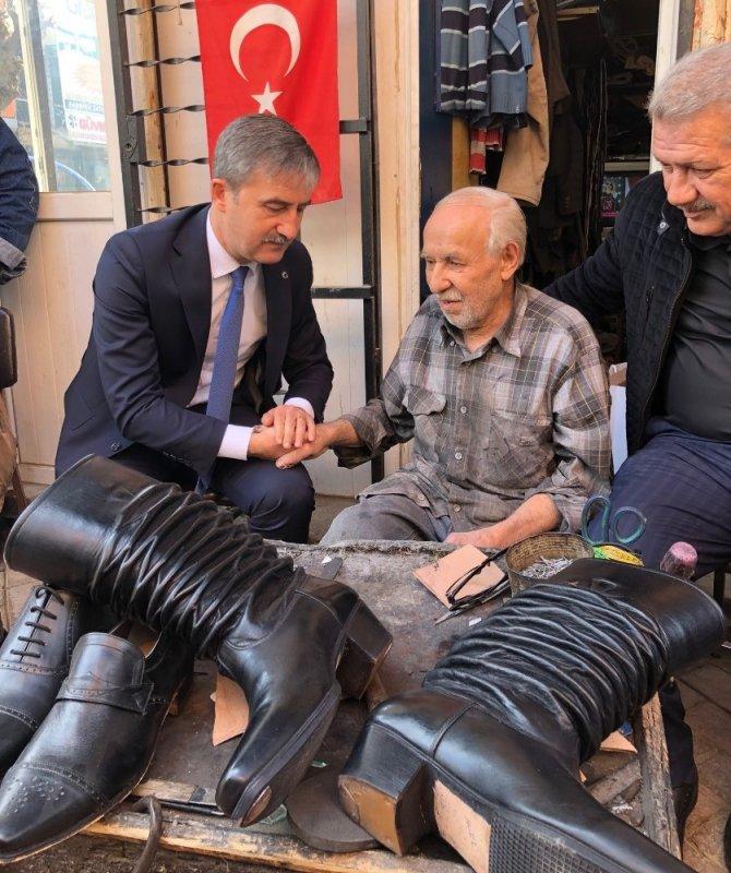 Başkanlar 70 yıllık körüklü çizme ustasını ziyaret etti