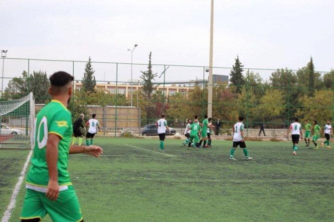 Türkiye Sağırlar Futbol Süper Ligi: Adıyaman Belediyesi İşitme Engelliler: 1 - İzmir Torbalı İşitme Engelliler: 3