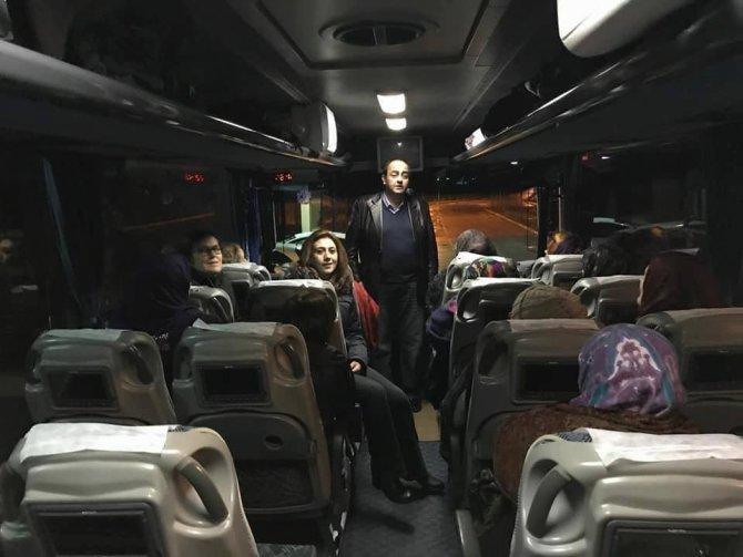 Gülüçlü bayanlar Konya'yı geziyor
