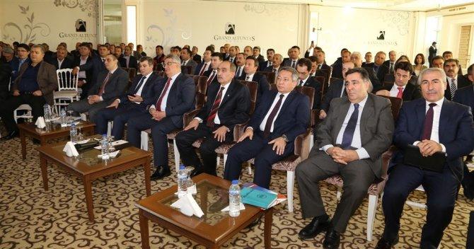 Aksaray'da muhtarlar toplantısı yapıldı