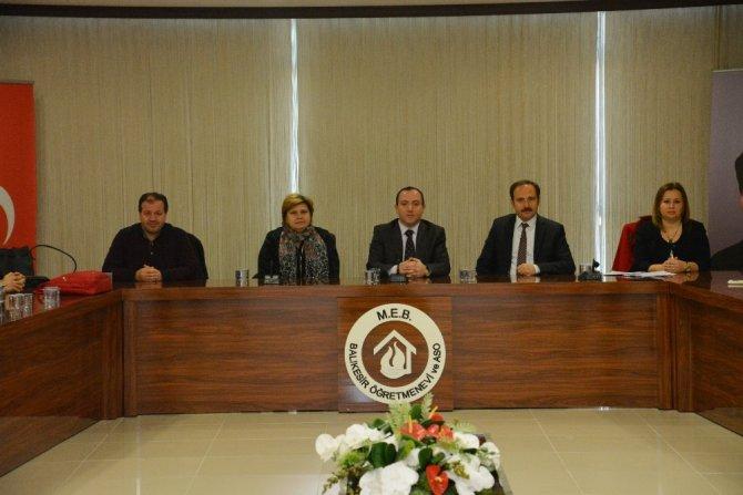 Kitap yazma komisyonu toplandı