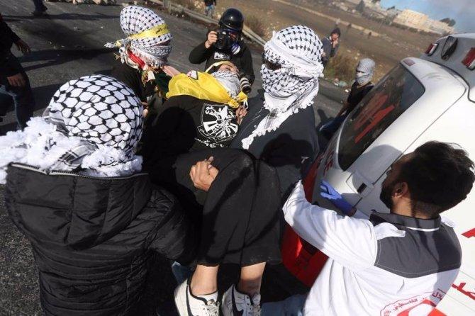İsrail'in göstericilere müdahalesinde dün 163 Filistinli yaralandı