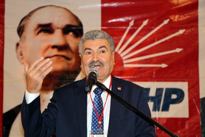 CHP Seyhan'da Abeydullah Kolcu yeniden başkan