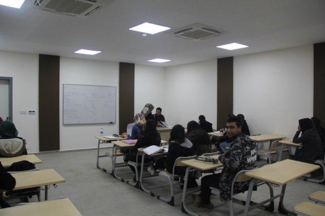 Kulp Belediyesinden ücretsiz üniversiteye hazırlık kursu