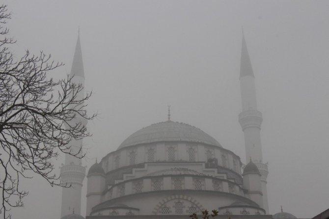 Elazığ'da sis etkili oldu