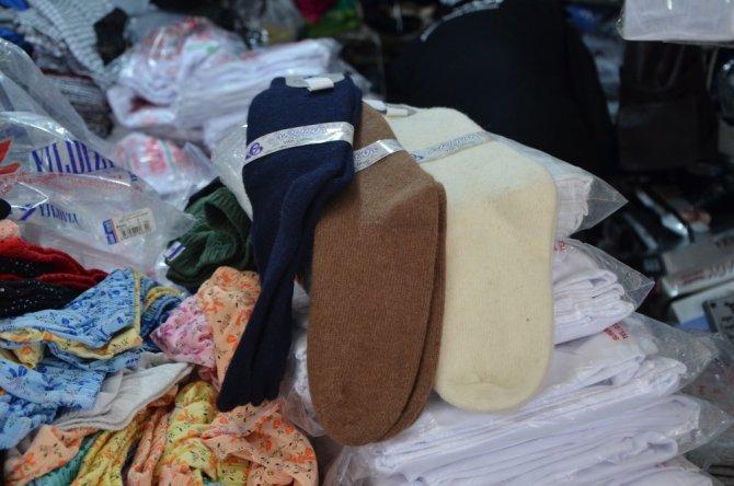 Kış aylarında en sağlıklısı yün çorap