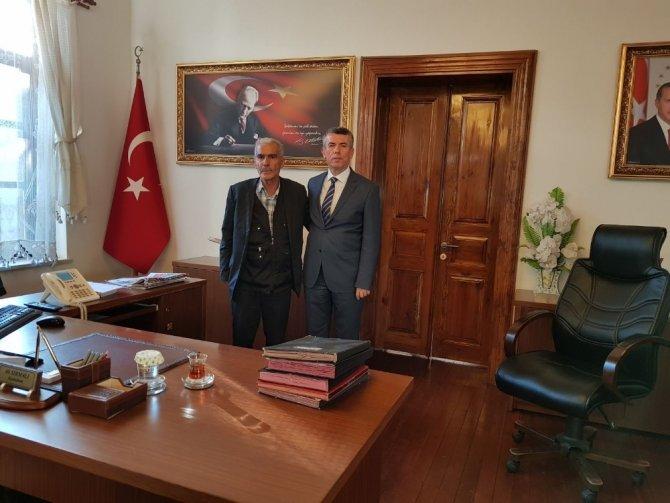 Şehit Fethi Sekin'in babasından Kaymakam Sırmalı'ya ziyaret